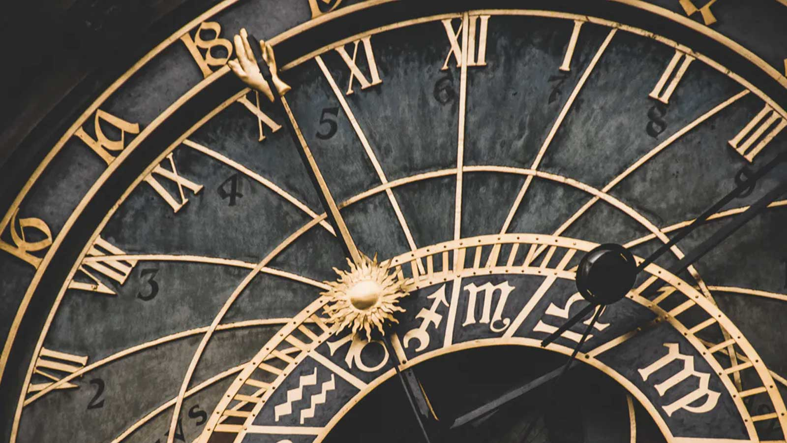 Time-Binding Image