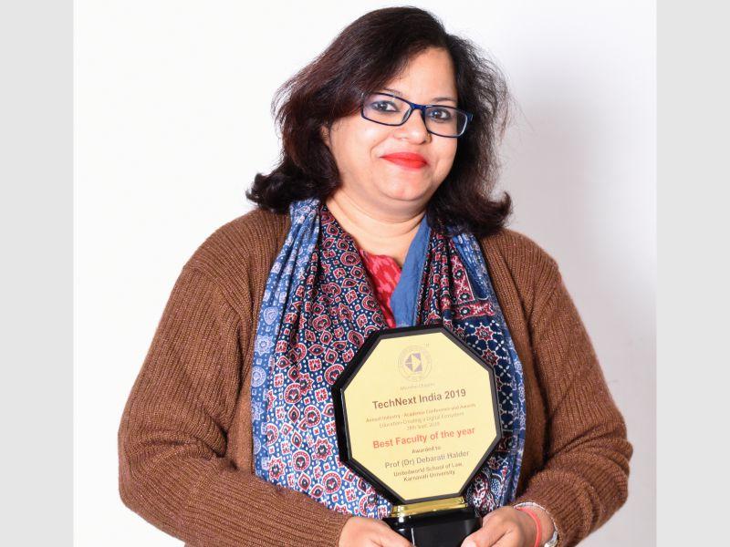 Prof. (Dr.) Debarati Halder receives Award Image