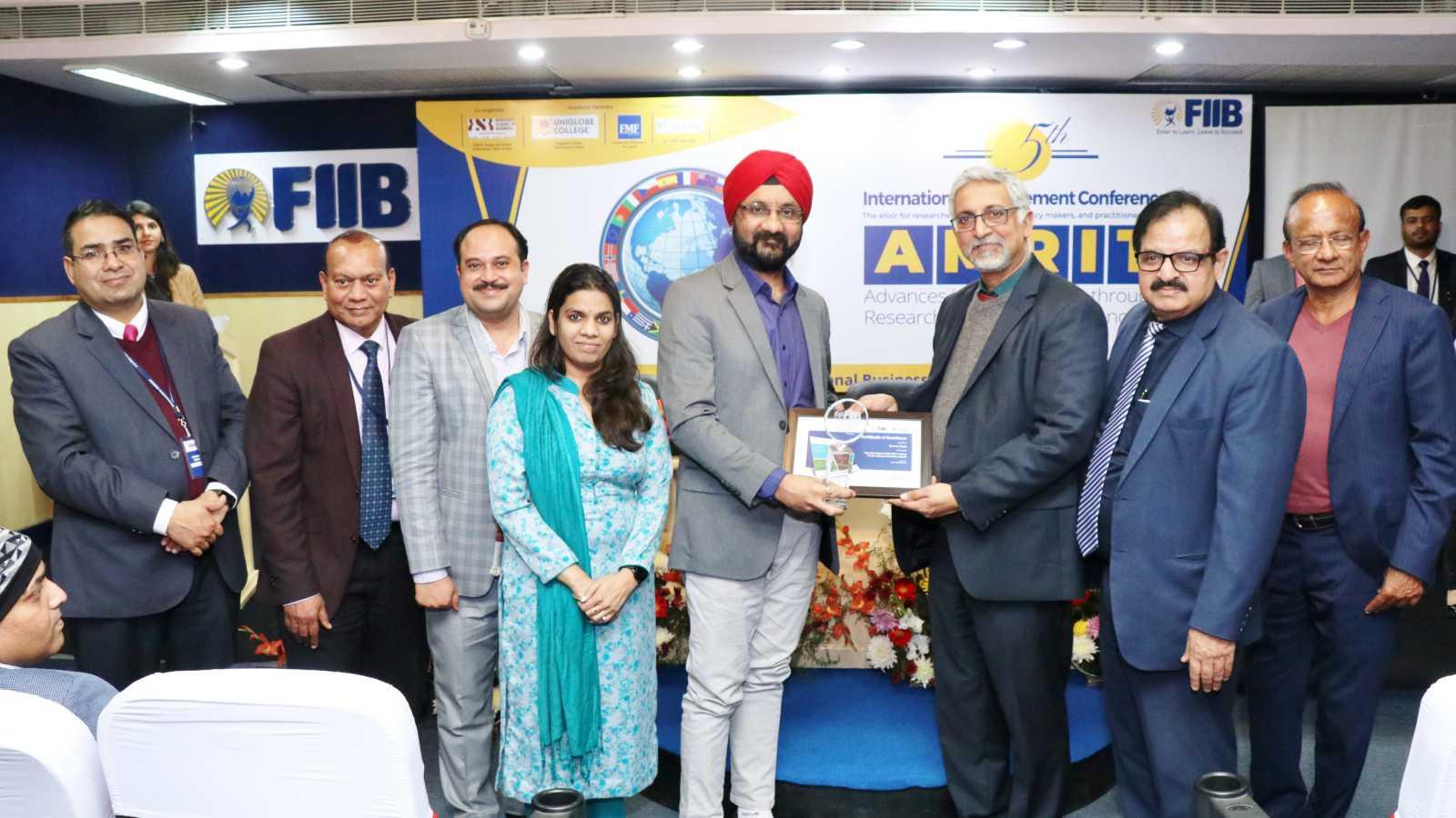 Dr. Gurmeet Singh honoured for his Research Paper Image